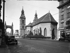 Collection of Photographs - View of the south-east side of the Downtown parish church, glass negative, 1938, photographed by István petrás, Castle Museum